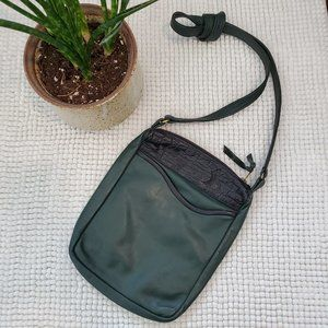 Vintage 80's Green Leather Purse